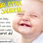 Spruchbild als Reim mit grinsendem Baby