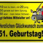 Gelbes Schild mit Esel und Ritter zum 51. Geburtstag