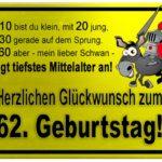Gelbes Schild mit Esel und Ritter zum 62. Geburtstag