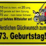 Gelbes Schild mit Esel und Ritter zum 73. Geburtstag