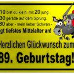 Gelbes Schild mit Esel und Ritter zum 89. Geburtstag
