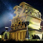 Kostenlose Geburtstagskarte zum 32. Geburtstag im Stile von Hollywood - Happy Birthday