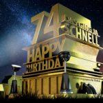 Kostenlose Geburtstagskarte zum 74. Geburtstag im Stile von Hollywood - Happy Birthday