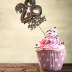28. Geburtstag Muffin Geburtstagskuchen Happy Birthday