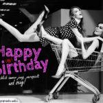 Kostenlose Geburtstagskarte: Frauen haben Spaß im Einkaufswagen